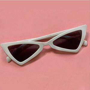 Vintage style 90s Triangle Cat Eye Sunglasses